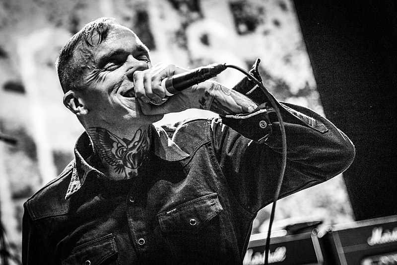Jacob Bannon of Converge performs at Roadburn 2018. Photograph by Wikipedia user Grywnn